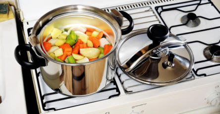 © Provided by 750 grams The history of the Pressure Cooker