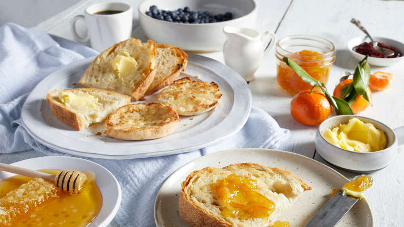 Do you want a flat stomach? Avoid these mistakes during your breakfast