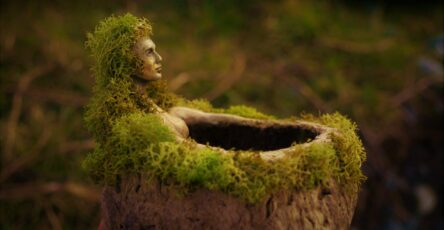 Stunning And A Little Bit Creepy Sculptures Made Out Of Driftwood